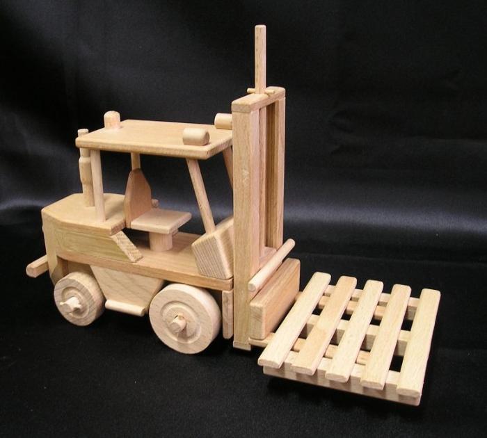 Holz-Gabelstapler fur-Kinder