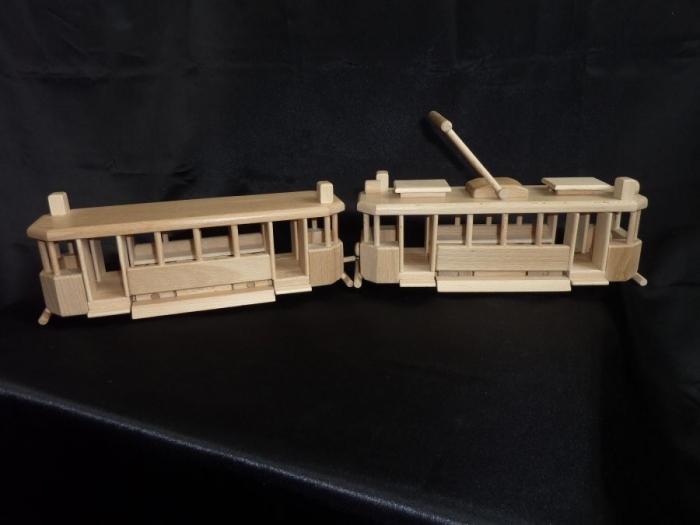 Elektrische-Straßenbahnen-Holzmodelle-Kits