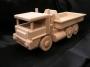 Das LKW Spielzeug ist für die Schweizer Versicherungsgesellschaft gemacht